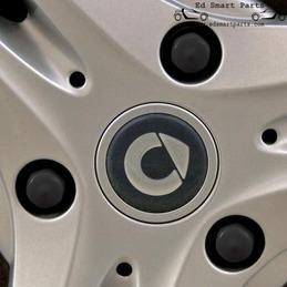 Smart boulon de roue noir...