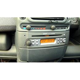 Smart Fortwo 450 Radio Five...