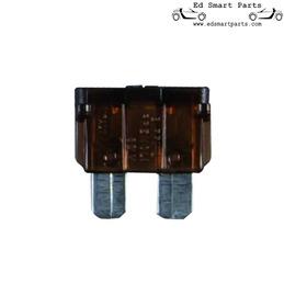 Standard ATO blade fuse...
